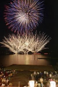 十和田湖湖水まつりの写真