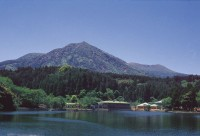 出の山名水ホタル館