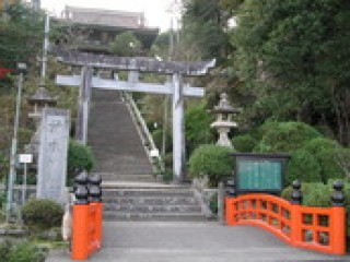 高津柿本神社の写真