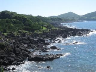 鐙瀬熔岩海岸の写真