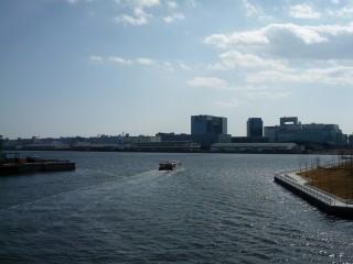青海客船ターミナルの写真