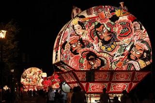 青森ねぶた祭りの写真