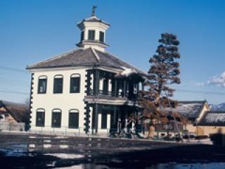 旧舂米学校校舎の写真