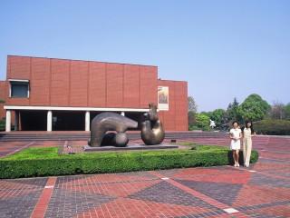 山梨県立美術館の写真