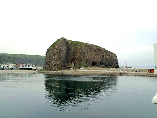 オロンコ岩の写真