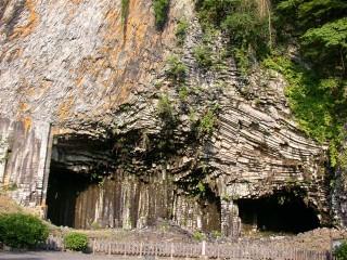 玄武洞の写真