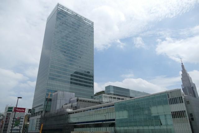 JR新宿ミライナタワーの地図アク...