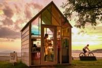 夕日が出た時のみオープンするカフェ!宍道湖を赤く染め、神々の地に沈む夕日を堪能